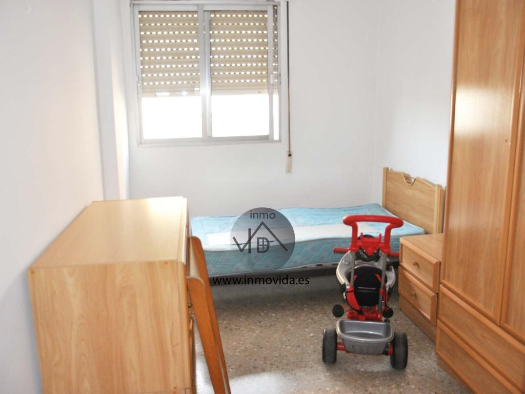 habitacion piso en venta zona centro bien situado xativa