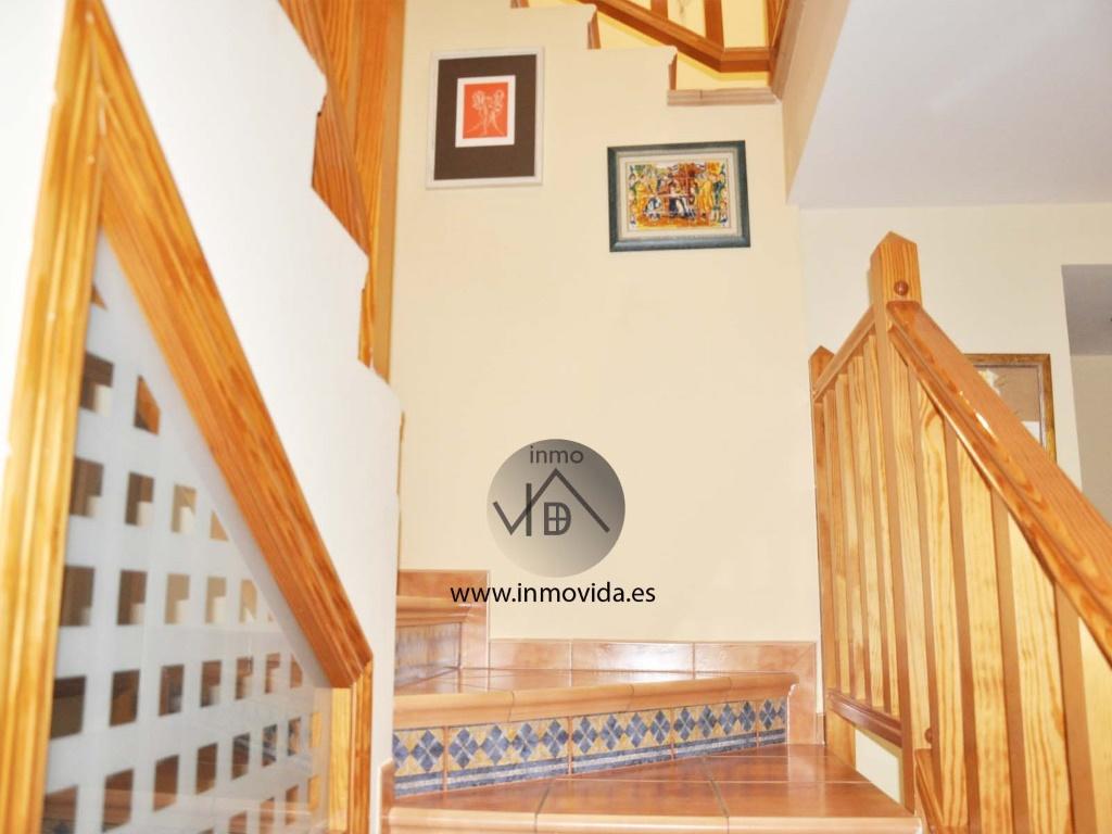 escaleras casa en la bola zona residencial xativa inmovida inmobiliaria
