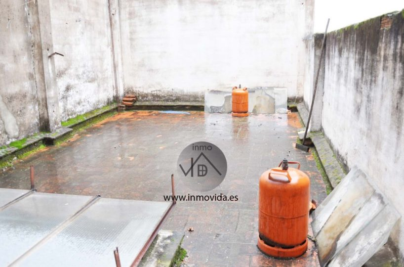 Se ofrece piso en el mismo centro de Xátiva