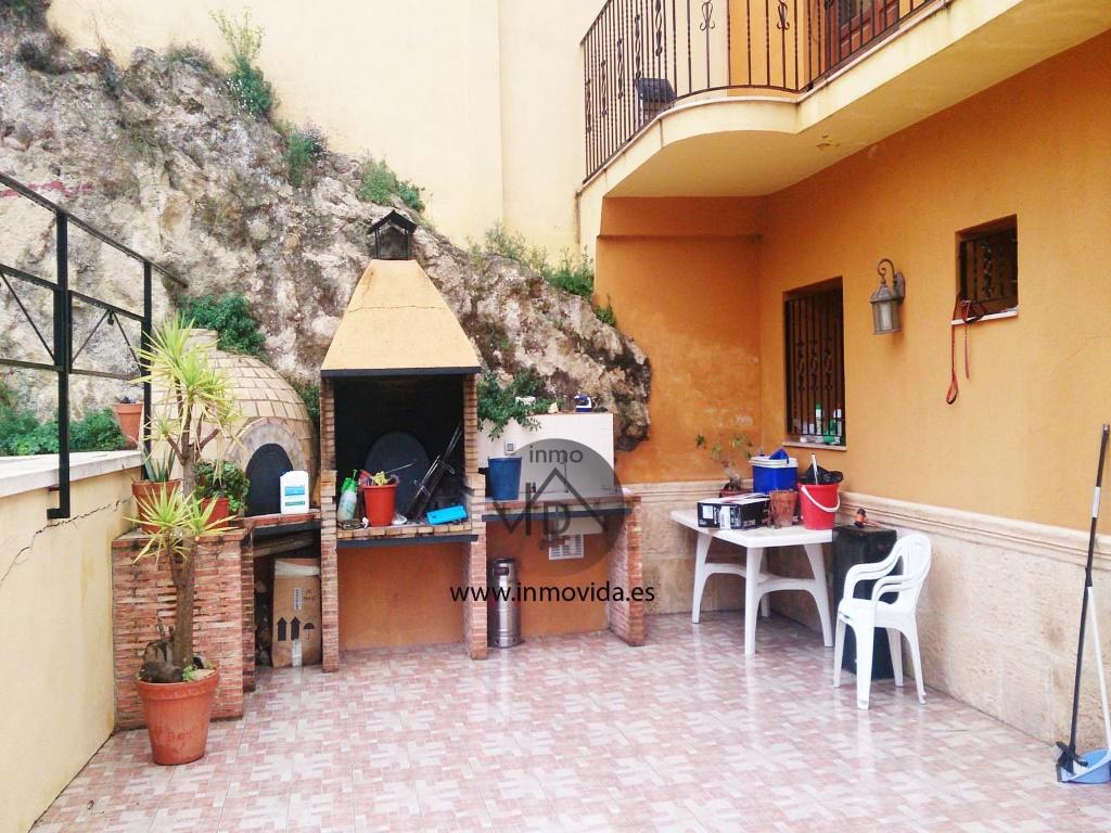 terraza casa en venta xativa con piscina