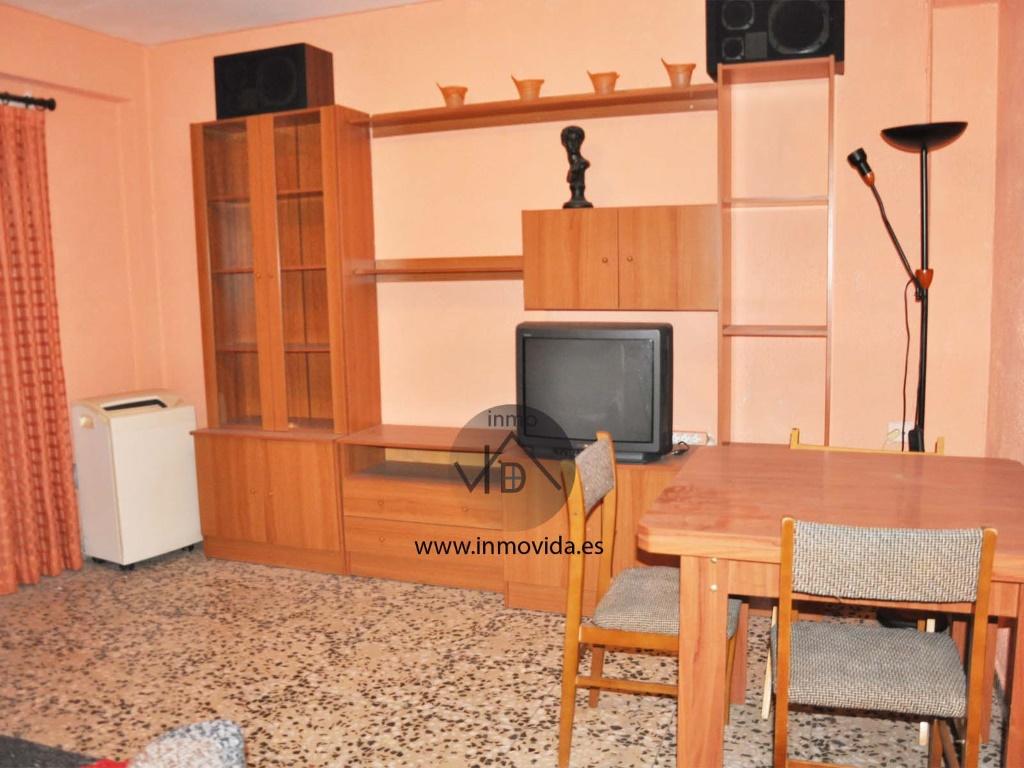 salon piso en zona reina venta, inmovida inmobiliaria