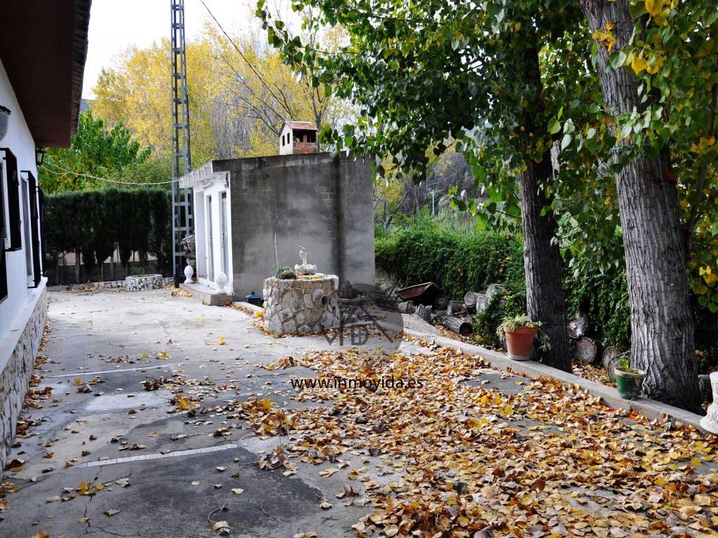 Se vende Chalet en la zona de Alboi inmovida inmobiliaria