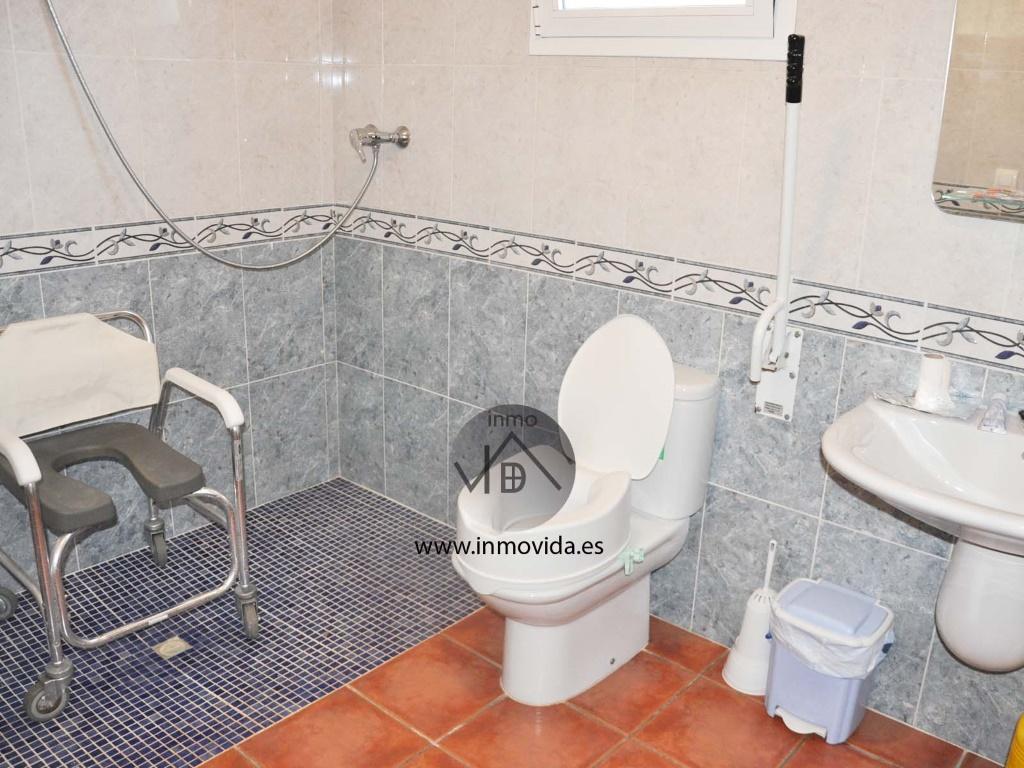 chalet en venta en enguera baño, inmovida inmobiliaria