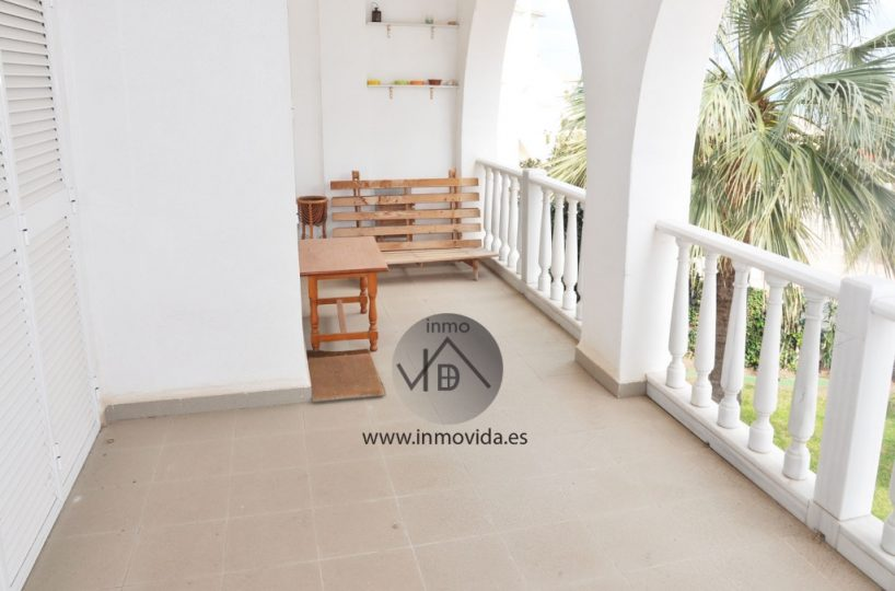 Apartamento en Oliva, terraza