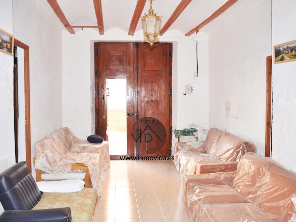 Se vende fantástica casa en Torrella