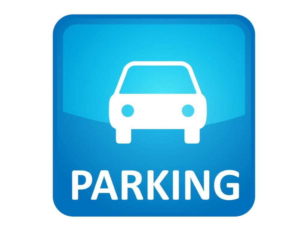Plaza de parking en Xátiva