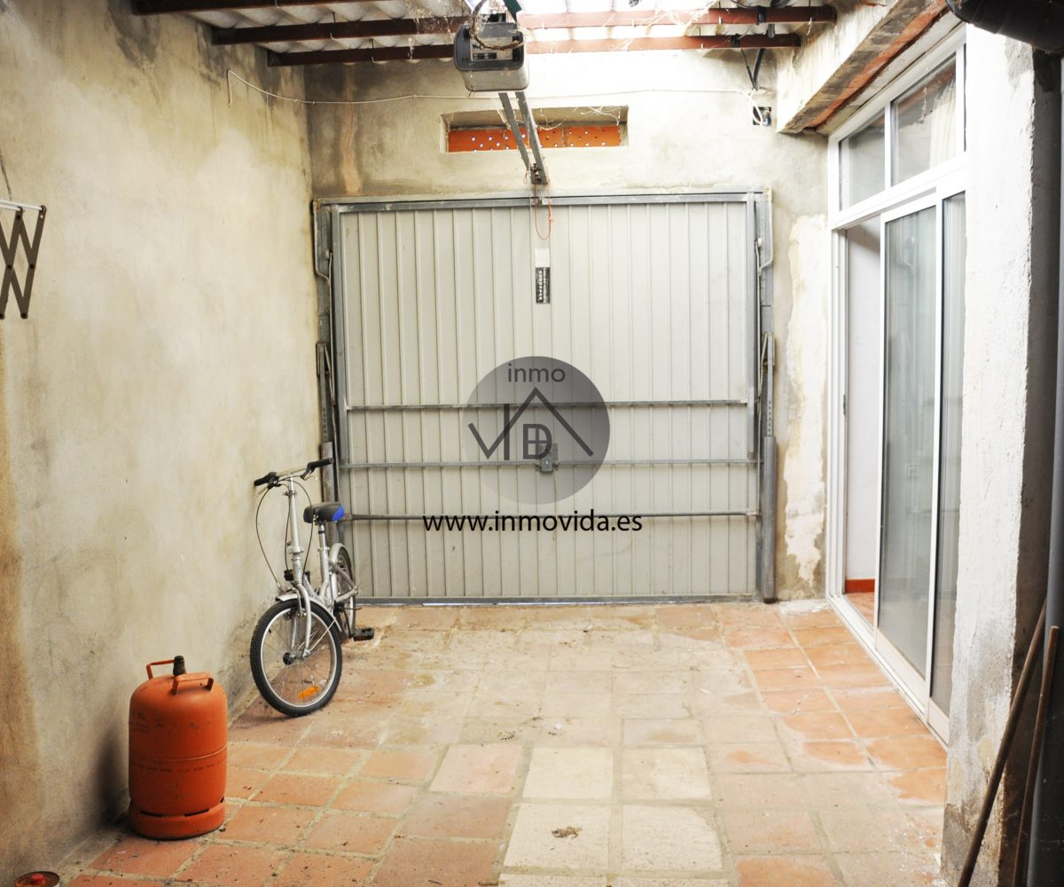 Garaje casa en venta en Novetlé