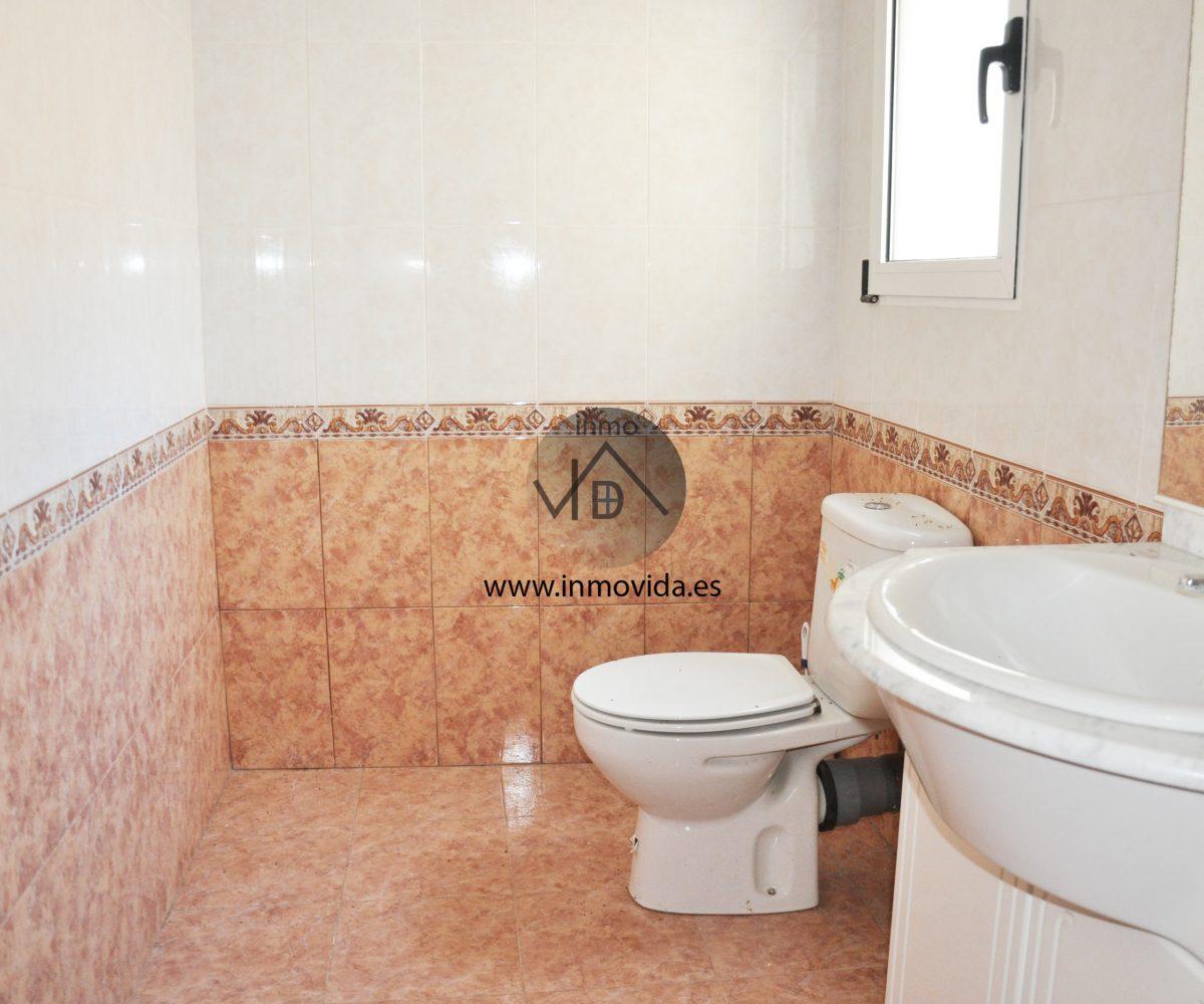 Baño reformado casa en Novetlé