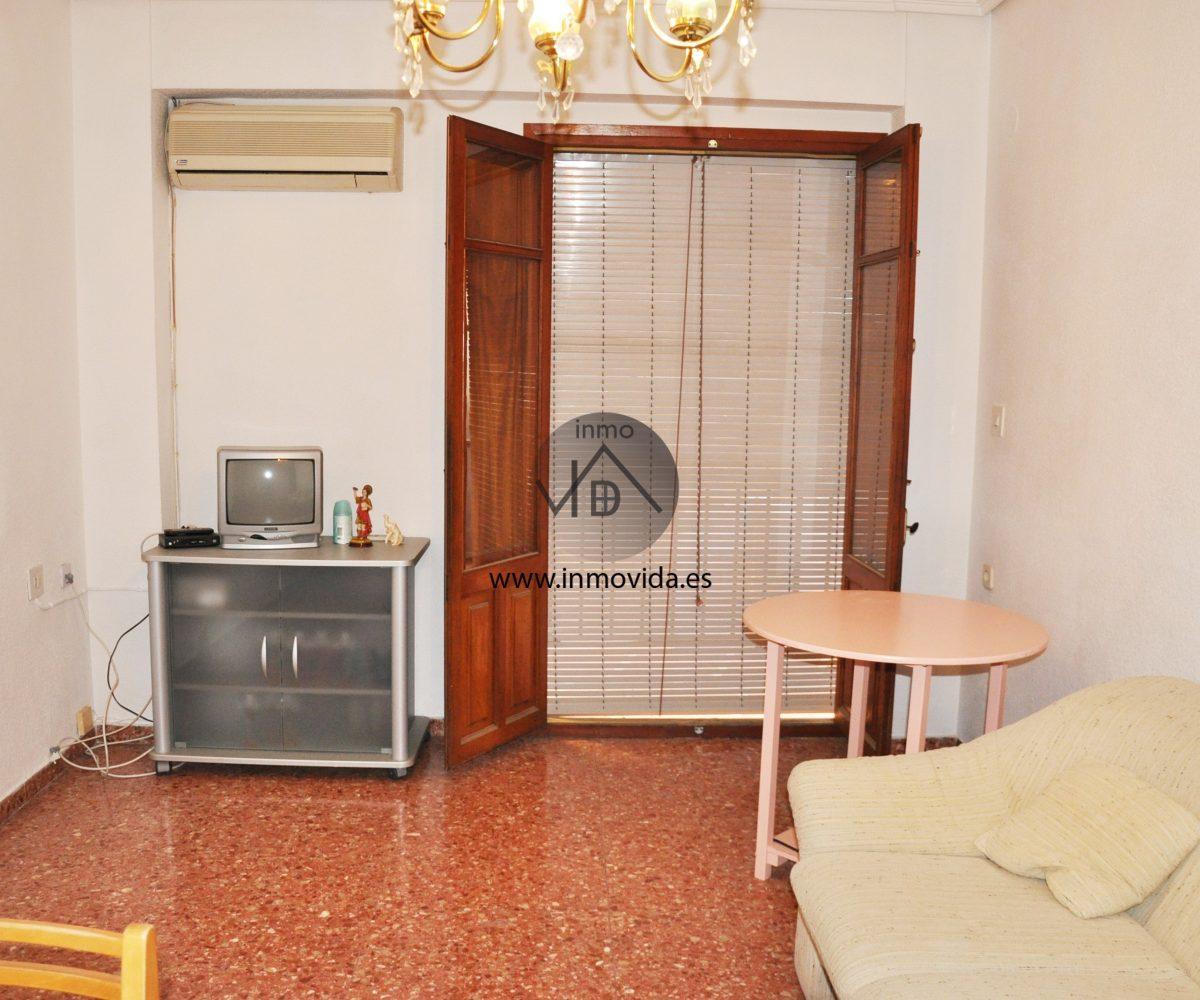 Salón comedor piso en venta