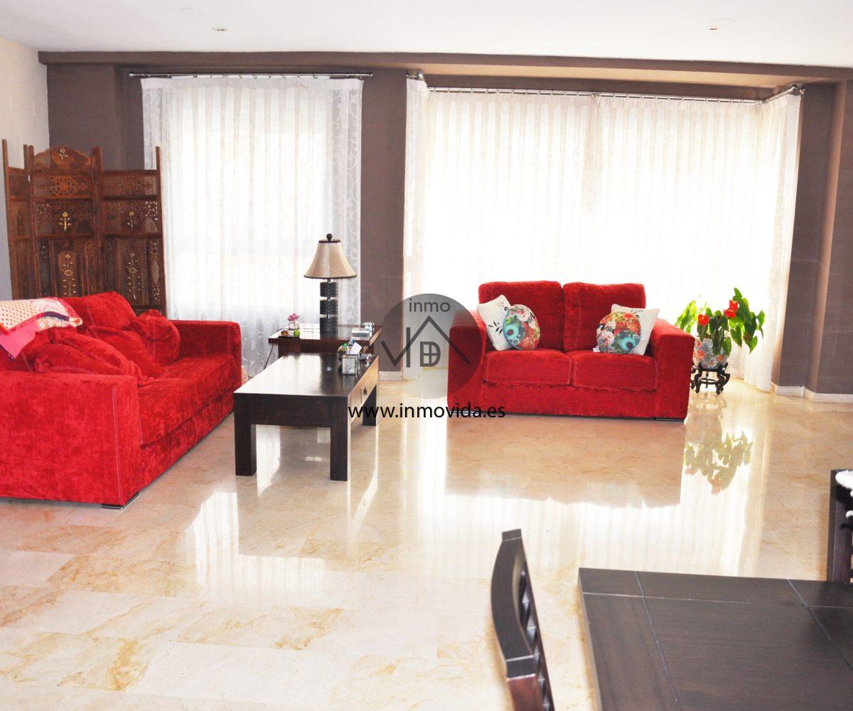 Salón piso céntrico en Xátiva