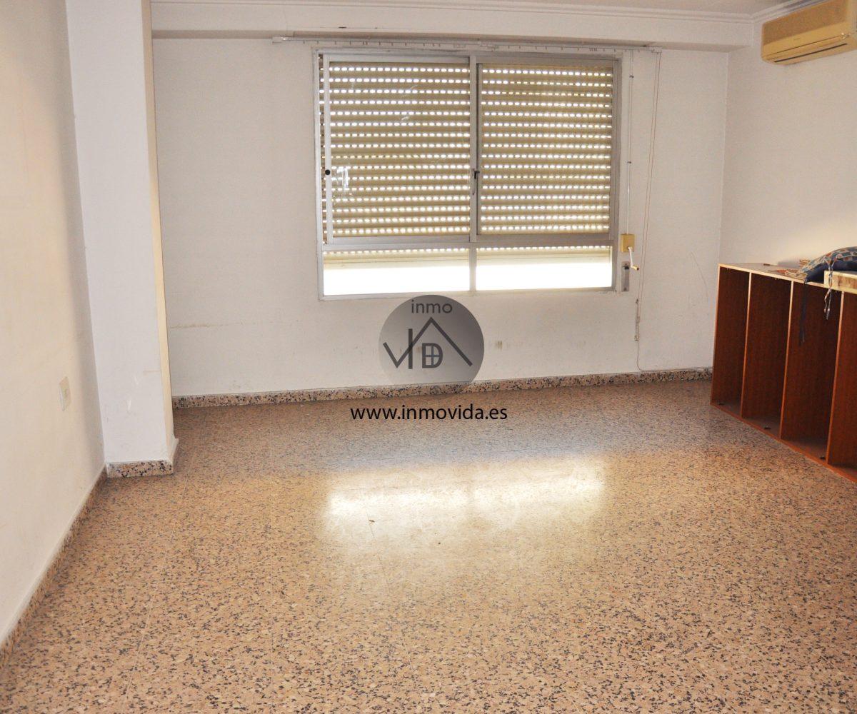 Inmobiliaria Inmovida vende piso zona Dos Molins