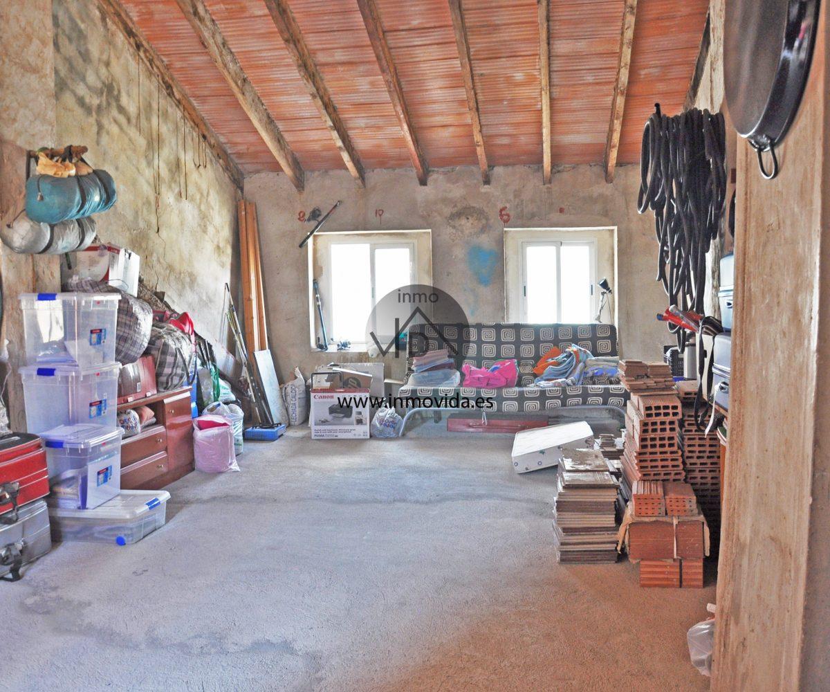 Buhardilla diáfana casa en La Granja de la Costera