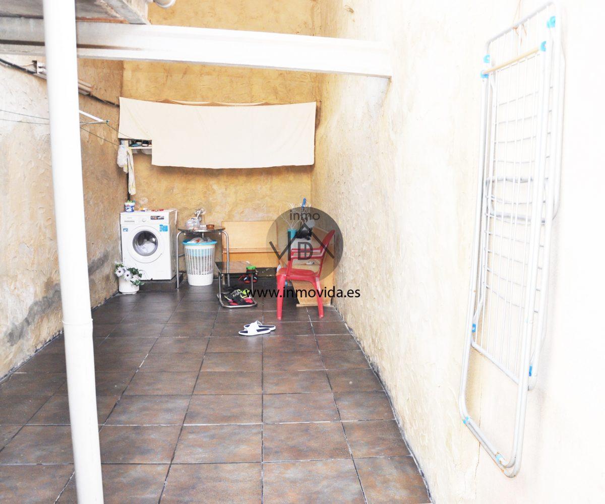 Inmovida Inmobiliaria vende casacon terraza en La Granja de la Costera