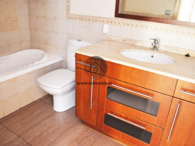 Cuarto de baño piso venta en xativa