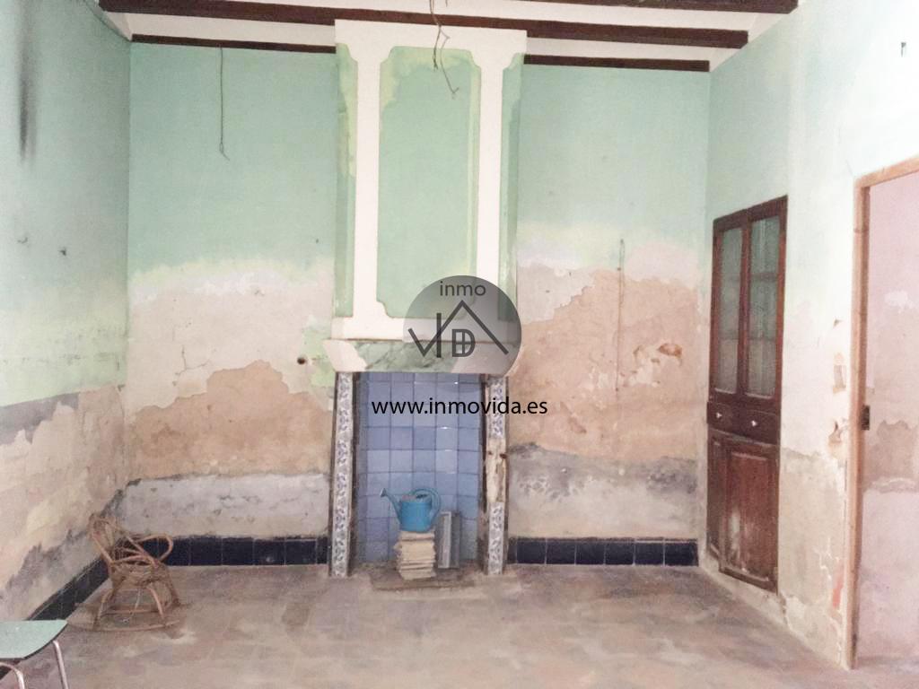 Inmobiliaria Inmovida vende casa en L'Alcúdia de Crespins