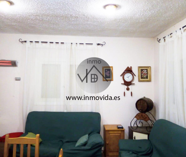 Inmovida Inmobiliaria vende chalet con garaje en Pla de Corrals