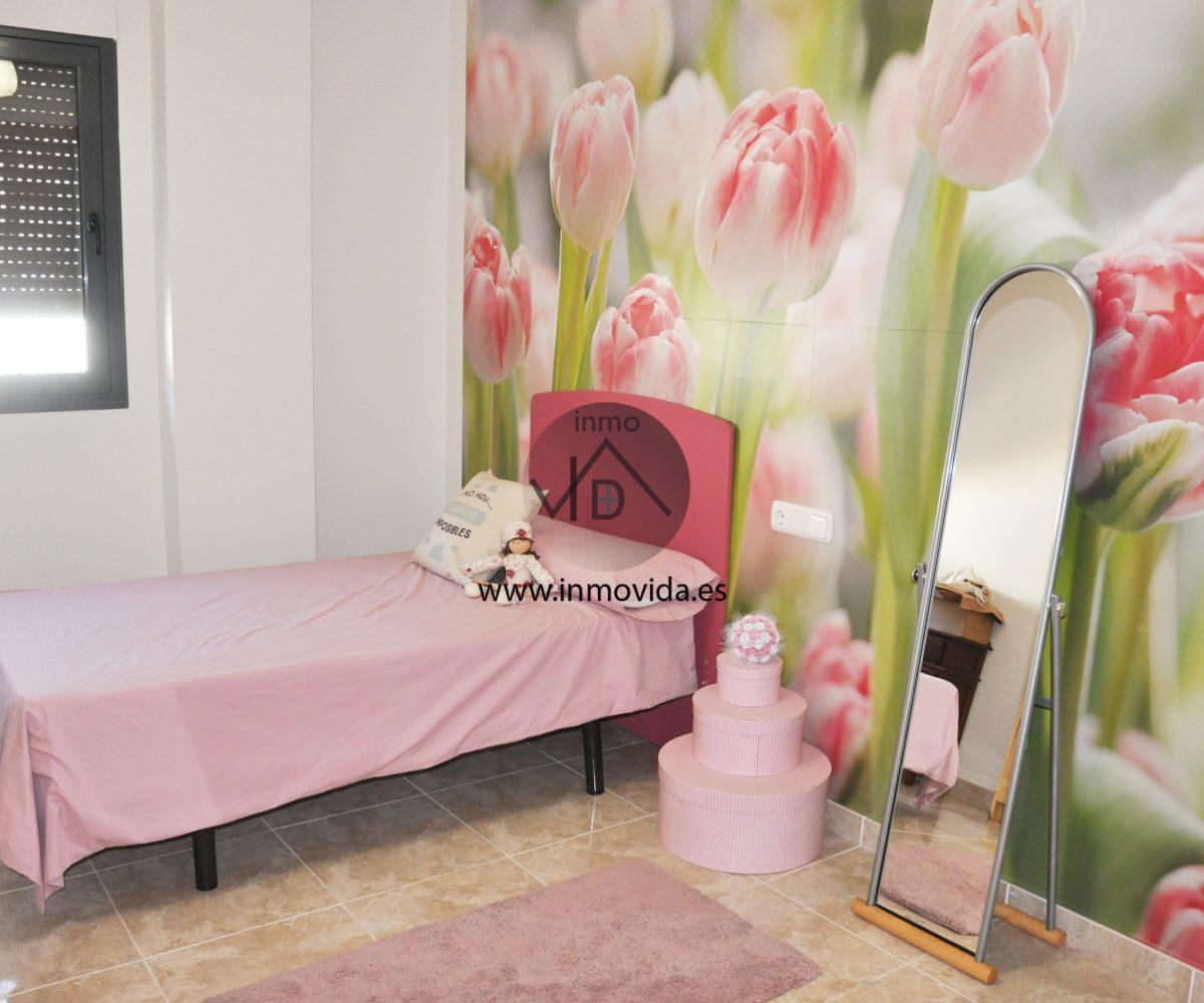 Dormitorio piso en venta en Xátiva