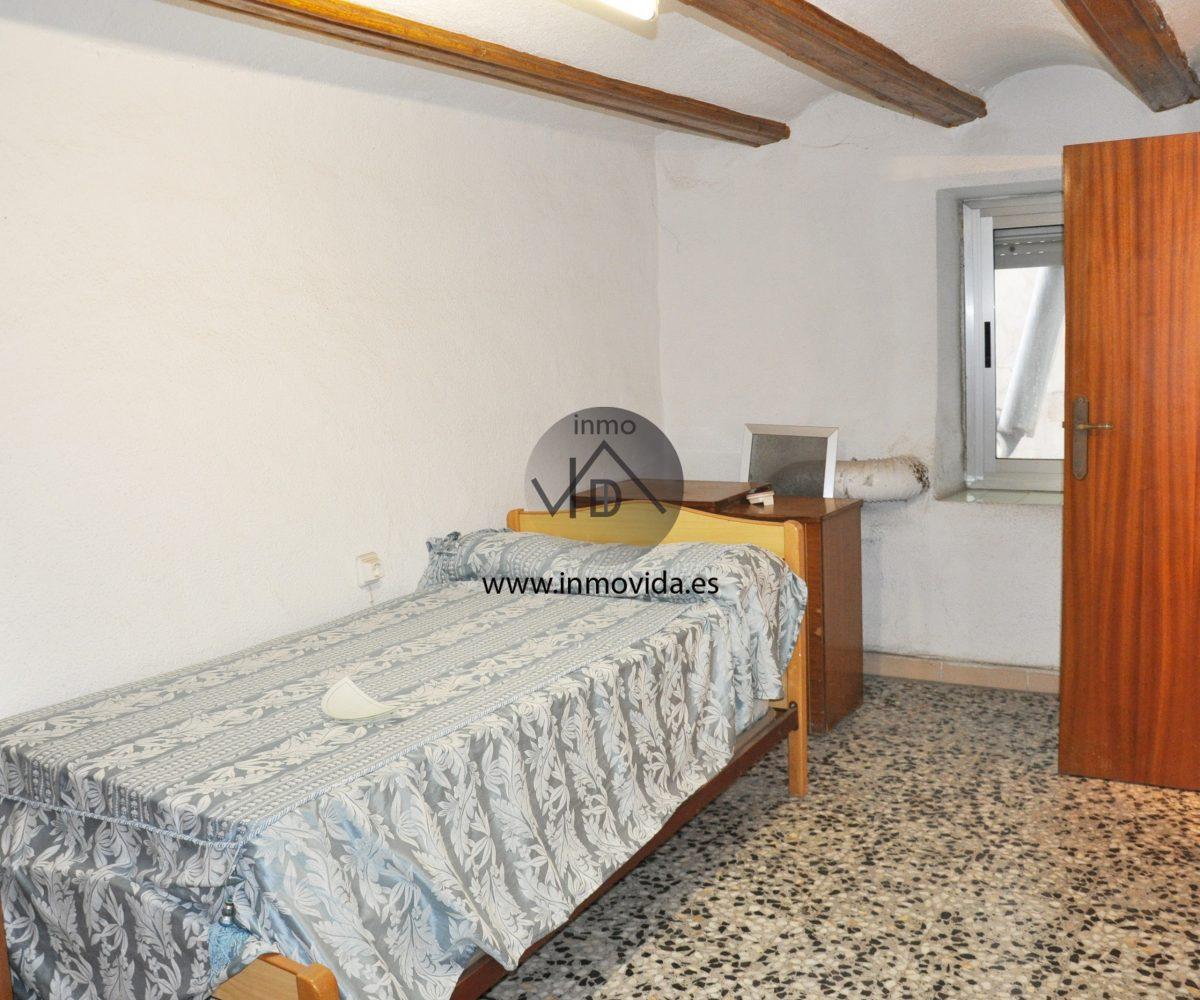 Inmobiliaria Inmovida vende casa económica en Xátiva
