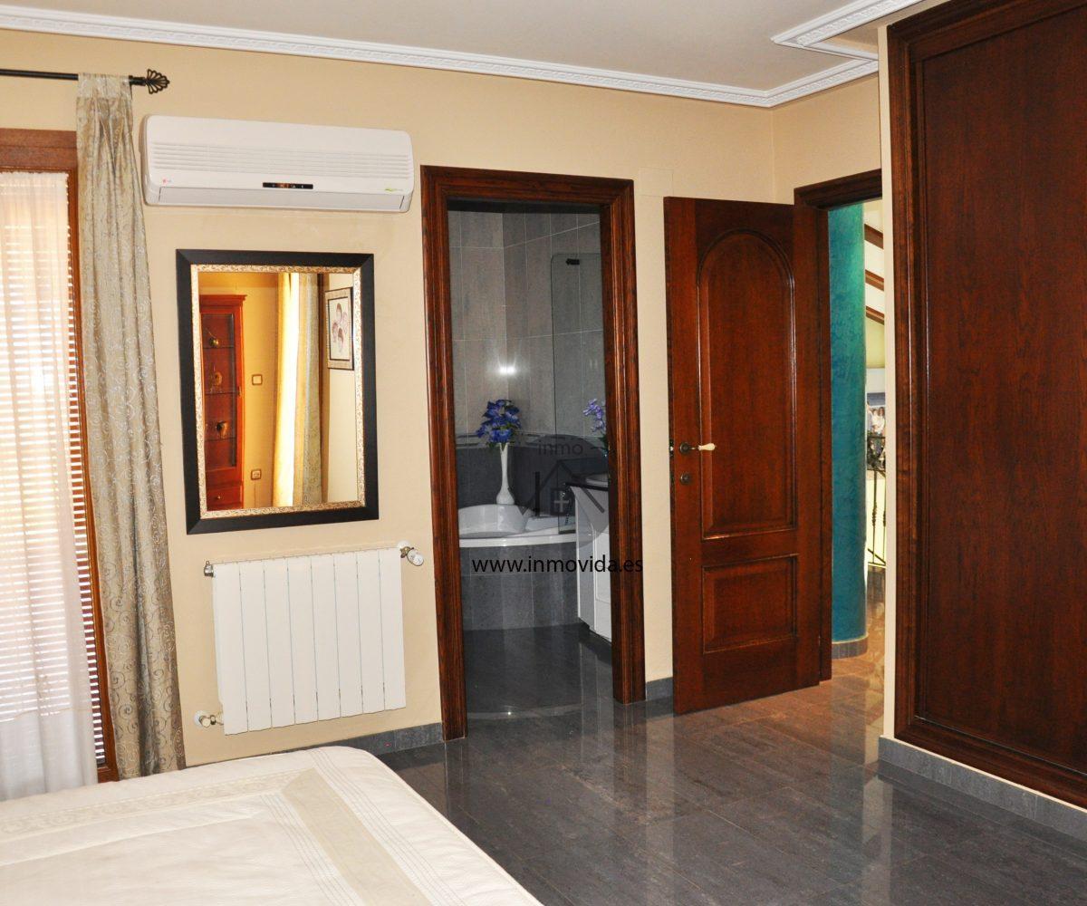 Habitacion con cuarto en suite inmovida